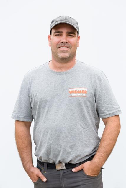 Norberto Calderon, Servicemonteur